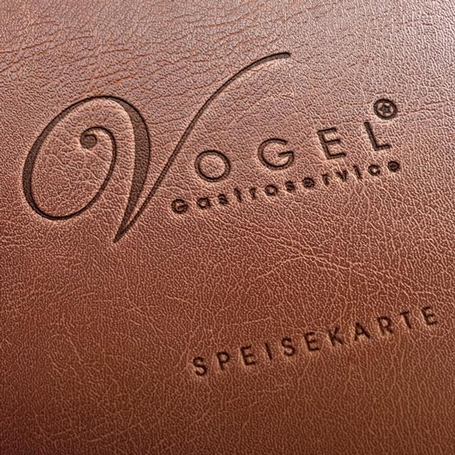 Logo auf Speisekarte mit Ledereinband
